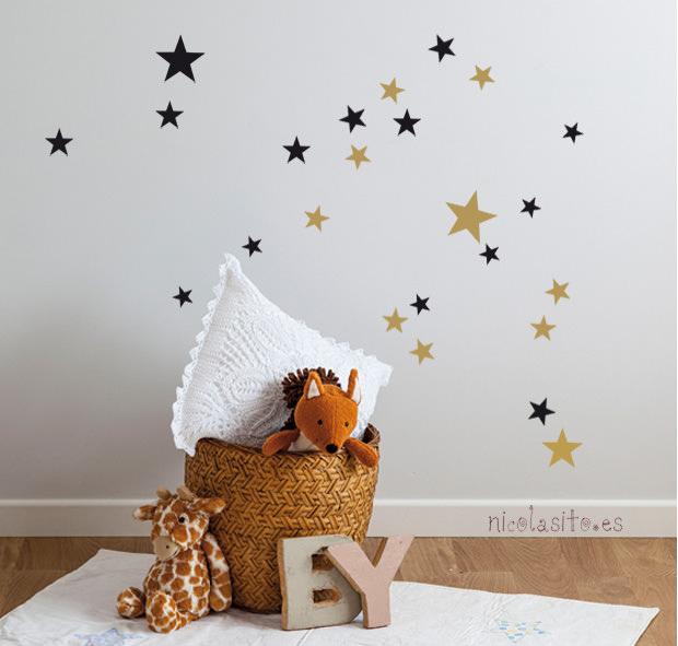 vinilos de pequeñas estrellas negras y doradas. nicolasito.es